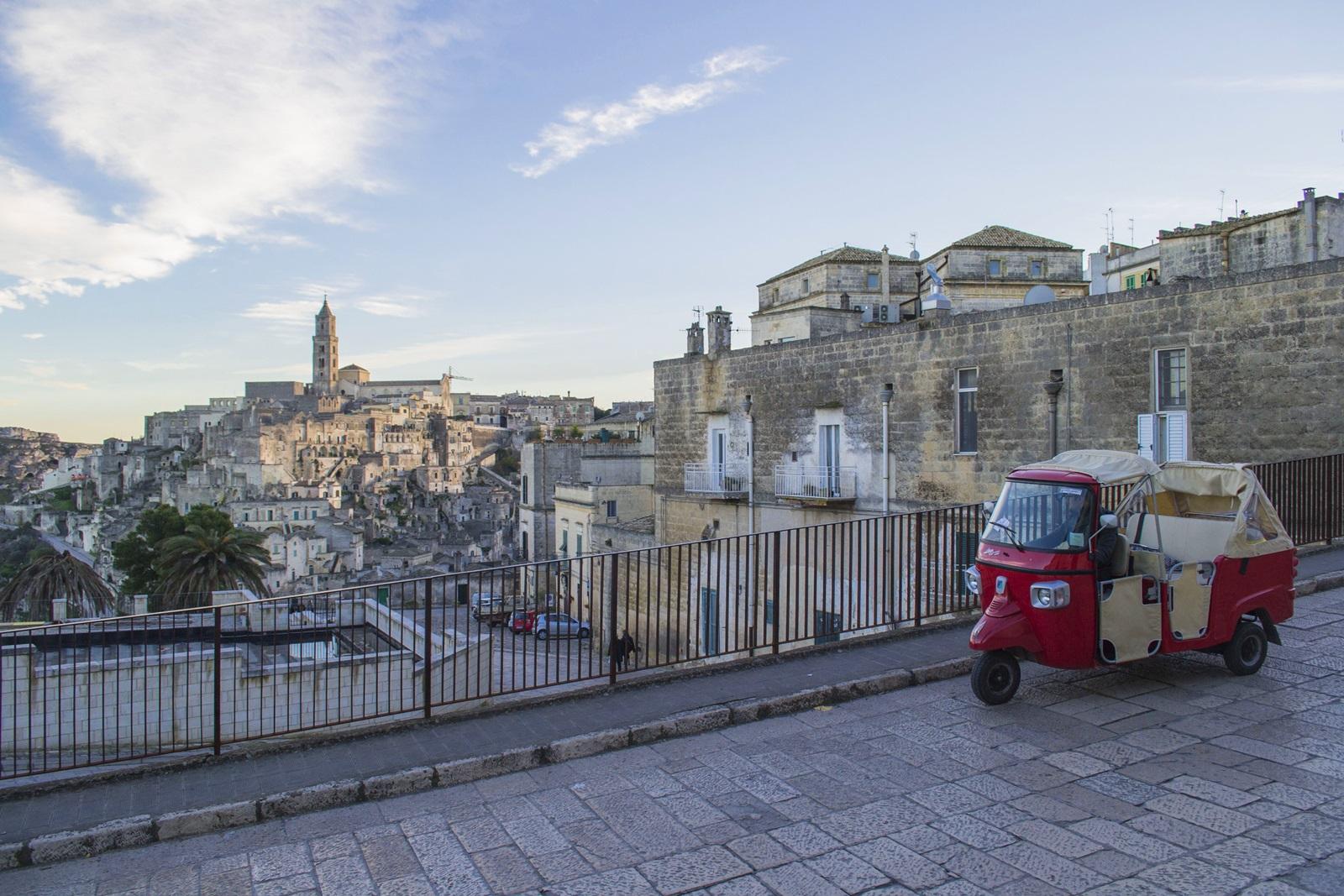 Ape Tour Matera: Ape Calessino nel centro storico di Matera