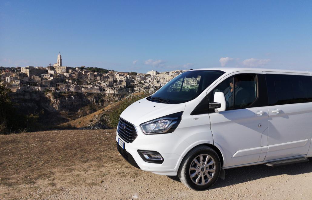 Ape Vito tour Basilicata e Puglia, autoveicolo ncc